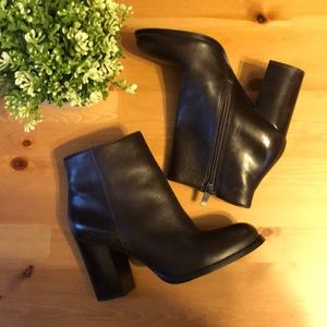 Via Spiga | Brown Leather Ankle Bootes